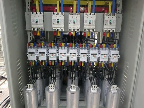 Tủ bù điện áp 2 Nguyên lý hoạt động và tính năng tủ bù điện áp